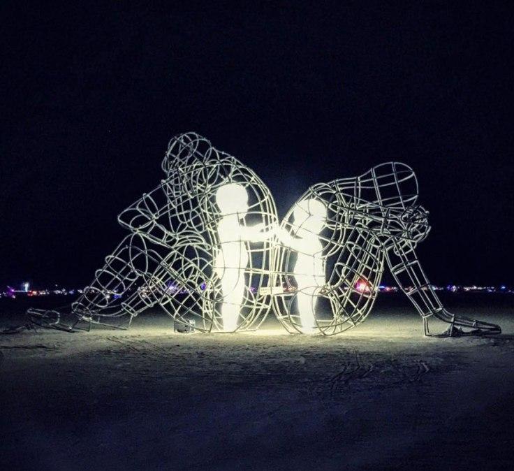 escultura-amor-ucrania-aleksandr-milov-burning-man-festival-3