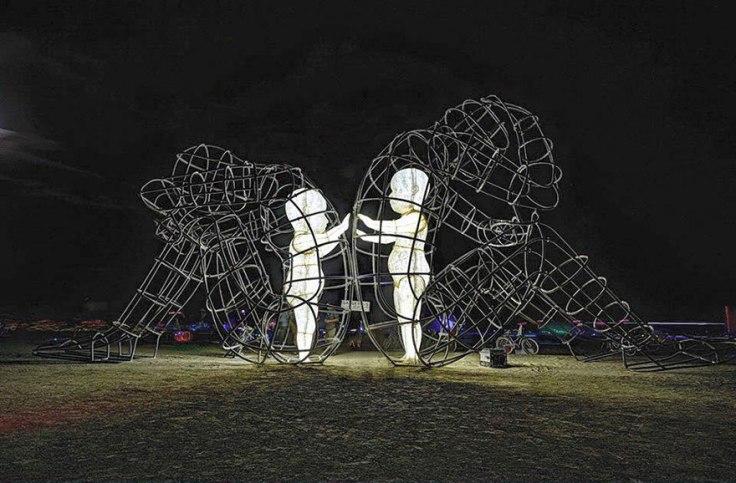 escultura-amor-ucrania-aleksandr-milov-burning-man-festival-4